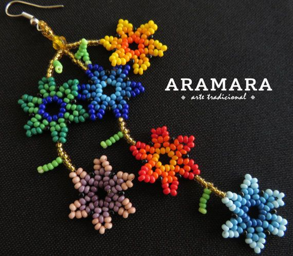 Mexican Huichol Beaded Flower Necklace and Earrings Set от Aramara