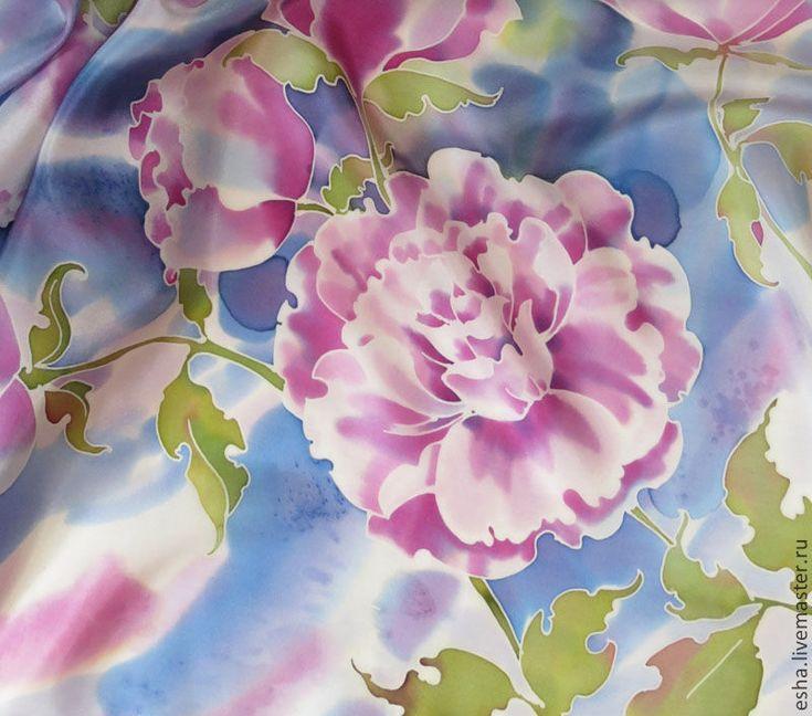 """Купить Шелковый платок """"Танец пионов"""", батик, ручная роспись шелка - голубой, цветочный"""