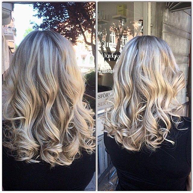 https://flic.kr/p/nDjSPX | Söta Charlie fick slingor i en askblond ton och uppfräschning av håret hos Natalie idag ❤️ #salongdinstund #dinstund #frisör #frisörsalong #dinstund #blond #blonde #askblond #ashblonde #slingor #highlights #marianila #marianilastockholm #haircolor #hairin