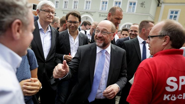 Die Versäumnisse von Parteivize Scholz in Hamburg bringen den SPD-Kanzlerkandidaten in Bedrängnis. Das Thema innere Sicherheit trifft die SPD an einer schwachen Stelle. Das ist höchst gefährlich in Zeiten des Terrors.