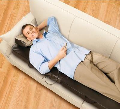 Les 25 meilleures id es concernant fauteuil massant sur pinterest fauteuil - Matelas massage electrique ...