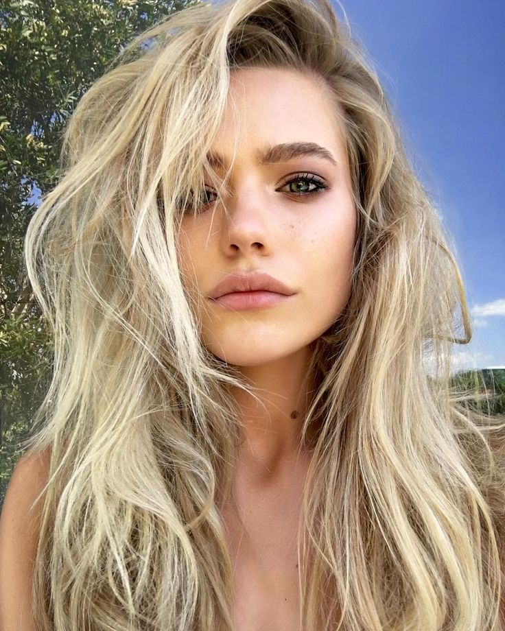 Model Blonde Hair 77