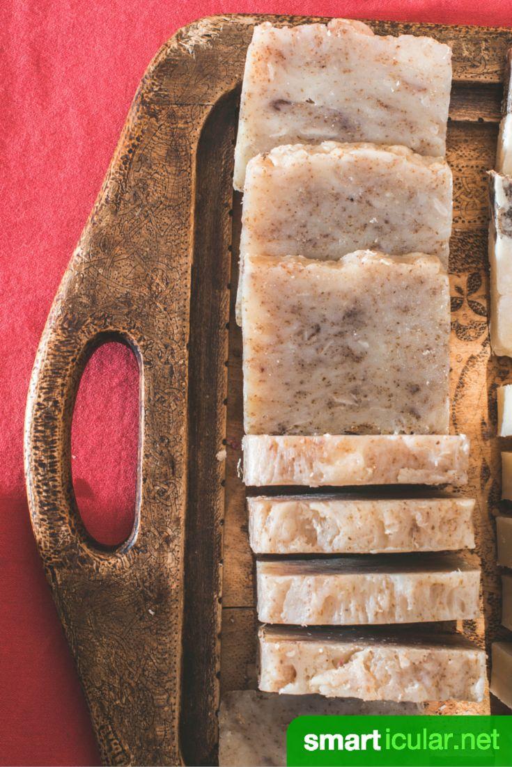 Willst du lernen, wie man eigene Seifen in der heimischen Küche herstellt? Hier findest du eine Schritt für Schritt Anleitung zum Sieden von Naturseifen und einige spannende Rezepte für den Start!