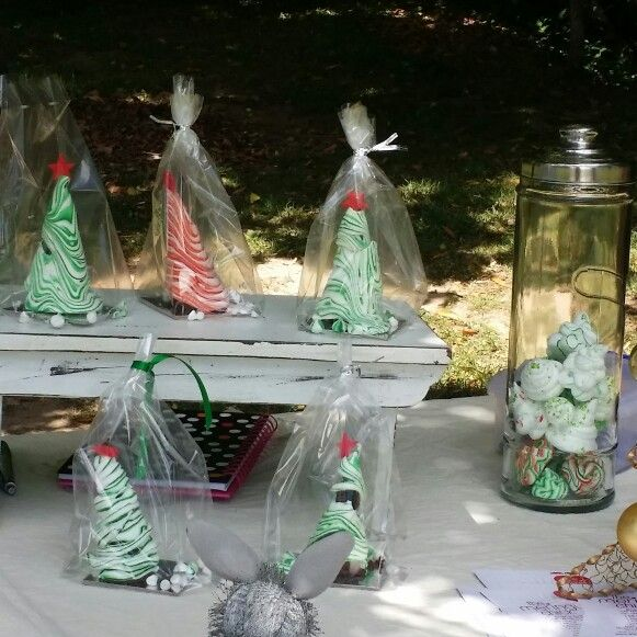 Meringue and Chrissy cake Xmas trees delicious combination. Your taste buds will love you for it.