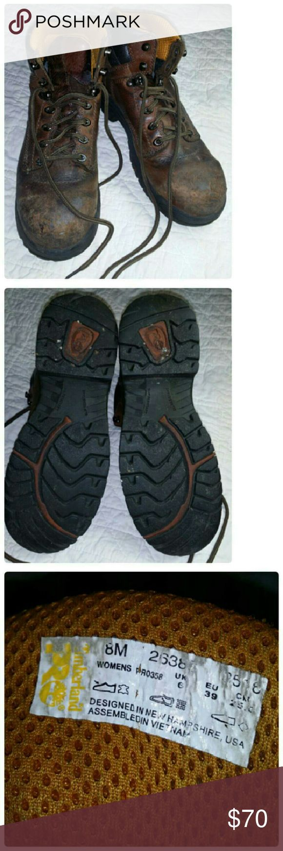 Womans Timberland steel toe boots Used condition. Great for work or hiking boots ect... Shoes