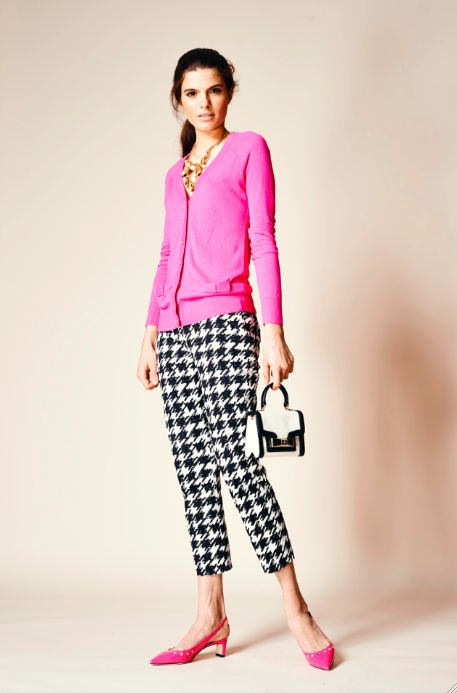 the next time you wear your favorite cardigan, why not swap your jeans for a pair of printed crop trousers?