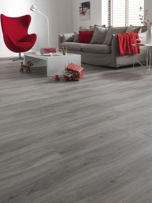 Belakos PVC   Urban+ Deze PVC vloer is tijdloos, duurzaam en geschikt voor de woonkamer, keuken en badkamer.