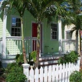 Key West, FLPretend House, Porches Barefoot, Favorite Places, Dreams House, Keys West Mi, Key West, Orther Keys, Dream Houses, Keys Westmi