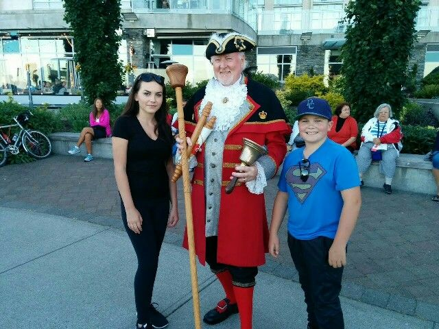 Meeting Sidney's town crier, Kenny