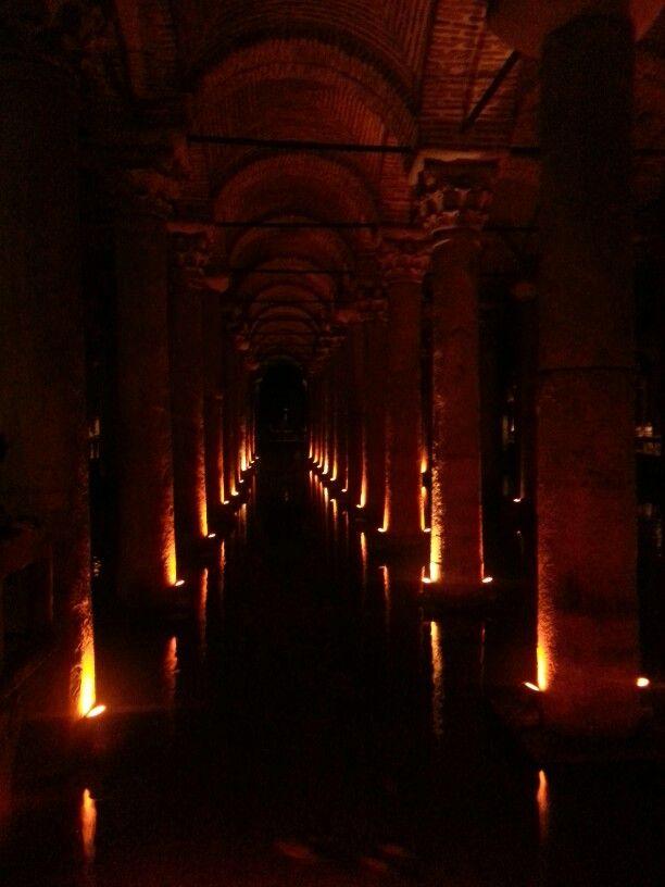 Cisternas de Yerbatan. Estambul. Turquía