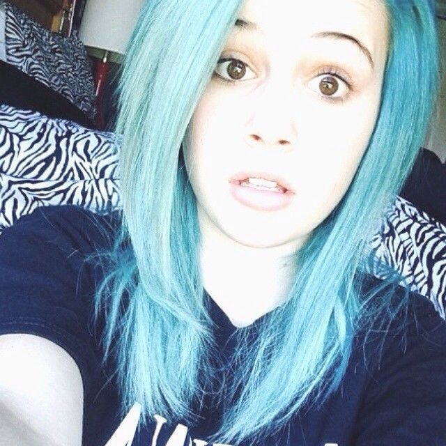 Le Leu Miller I love your hairstyle and color!