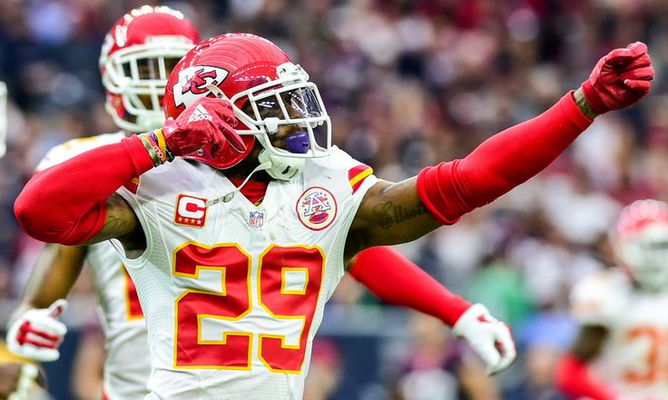 Matt Williamson: Breaking down potential franchise tag players = This time of year, many NFL fans scan the long lists of upcoming unrestricted free agents and get excited about the potential difference makers that their favorite team might go out and acquire. But the truth is.....