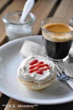 「ホワイトチョコとイチゴのクリームパイ」nonnon | お菓子・パンのレシピや作り方【corecle*コレクル】