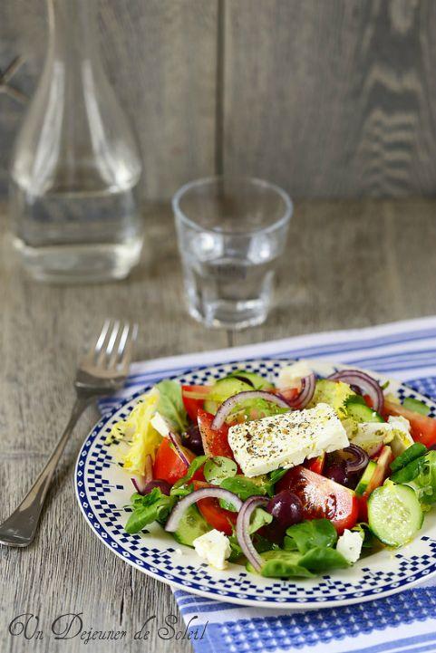 Un dejeuner de soleil: Salade grecque