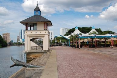 Kuching waterfront - Image © Greg Rodgers, licensed to About.com