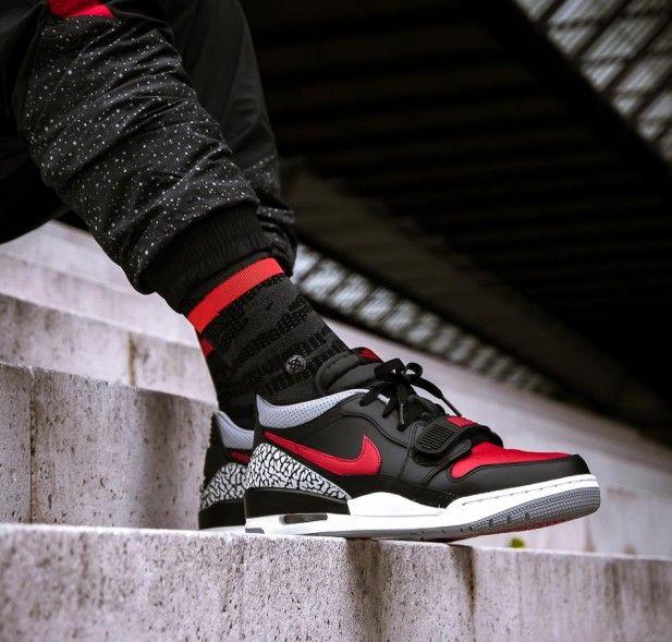 Air Jordan Legacy 312 Low - Black Red