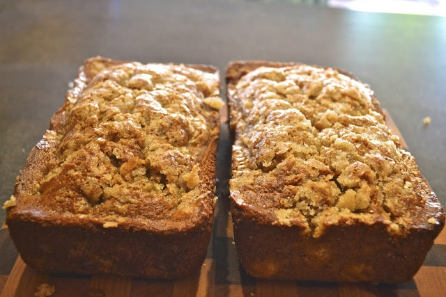 Healthy Rhubarb Bread - WOW! never heard of this before! / sounds awfully good to me - must try!