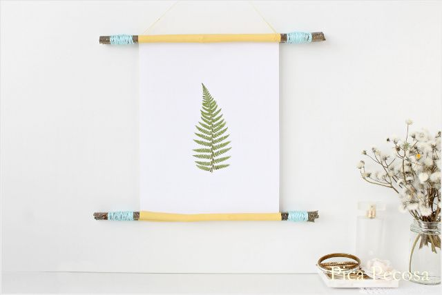 Marco DIY hecho con palos, hilo y chalk paint / DIY frame made with sticks, thread and chalk paint