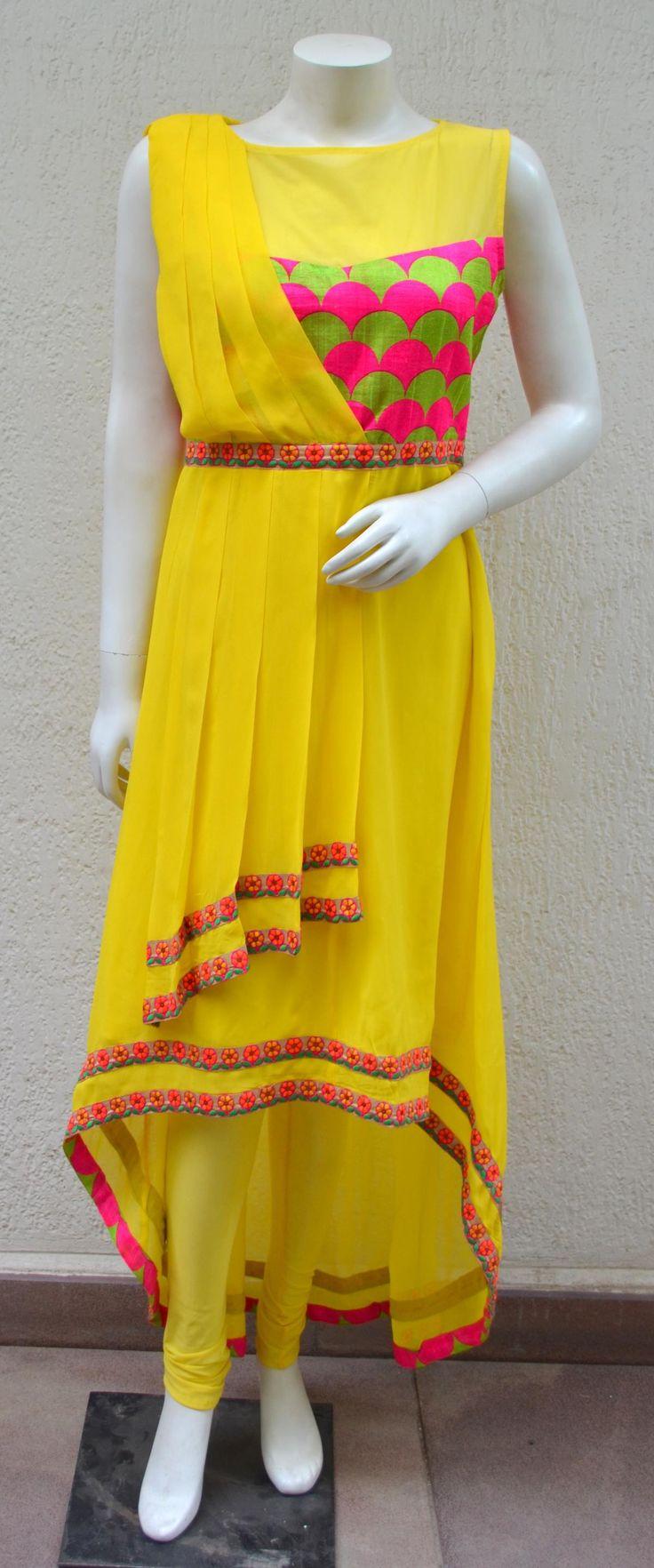 Ridhi Bansal Info & Review | Bridal Wear in Delhi NCR | Wedmegood