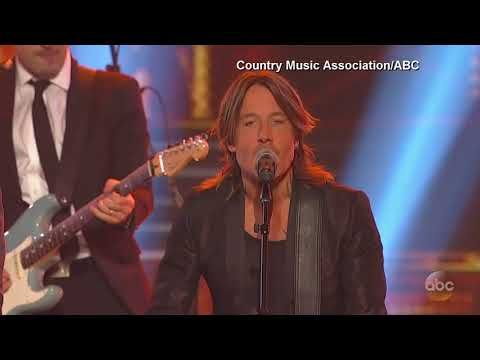 What You Missed at the Country Music Awards - The Charger Bulletin