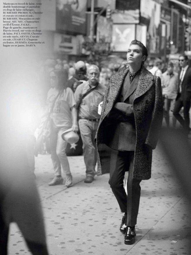 Гангстерская фотосессия супермодели Аризоны Мьюз (Arizona Muse) для Vogue Paris в октябре