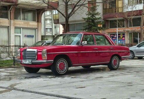 Mercedes w115 230.4