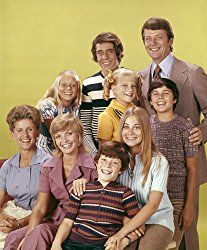 "Ann B. Davis, Florence Henderson, Mike Lookinland, Maureen McCormick, Christopher Knight, Robert Reed, Susan Olsen, Eve Plumb and Barry Williams in ""The Brady Bunch""circa 1970s ** B.D.M. Ann B Davis"