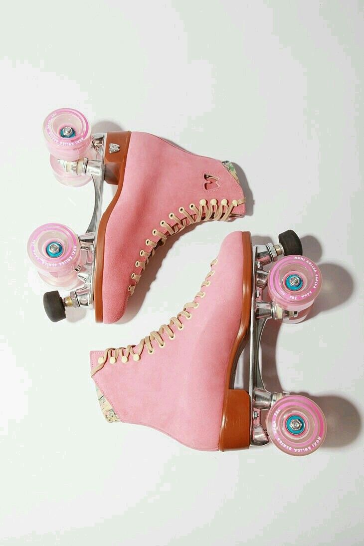 Roller skates rainbow - Moxi Lolly Roller Skates Not My Style But Molly S Too Bad They Don T Come In Her Size