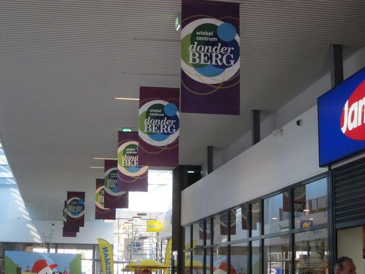 logo, huisstijl, website en eventbegeleiding voor winkelcentrum Donderberg :)