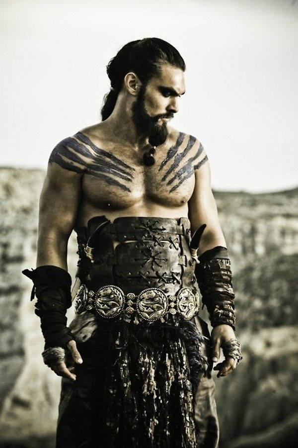 If I have a super hot buff boyfriend or guy friend who wants to dress up with me for halloween, he will be khal drogo =)