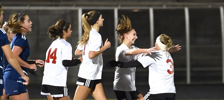 CHS Girls Soccer Team Heads to WIAA Final 4 Tournament - https://lacamasmagazine.com/2017/11/girls-soccer-final-four.html