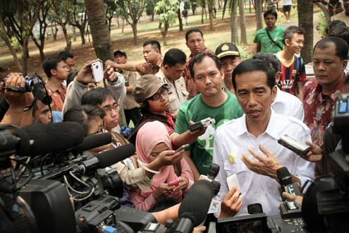 In 2012, Jokowi won the governorship of the country's capital, Jakarta, and in early 2014 announced his presidential candidacy. In 10 years he moved up from a constituency of over 500,000 in Central Java to lead the third-largest democracy in the world. Photo/Flickr user Eduardo M. C. http://bit.ly/1pCZzIr