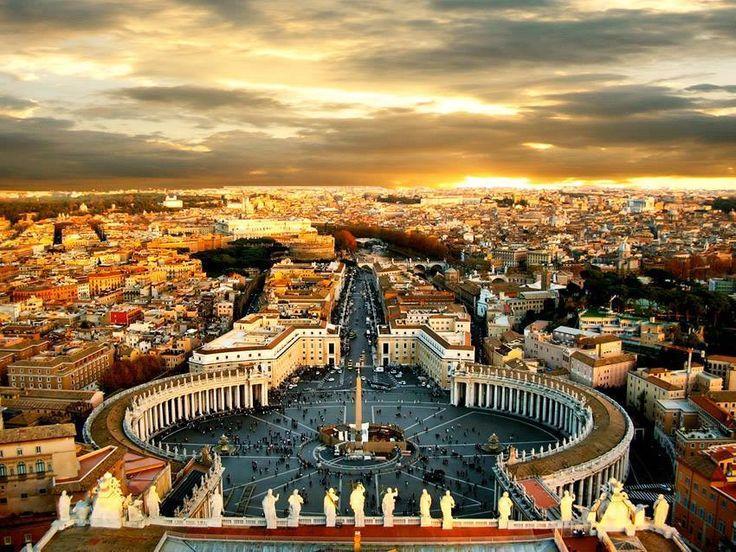   #Roma   Piazza San Pietro     www.volamondo.it