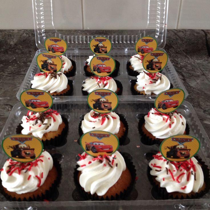 Cupcake con topper de cars