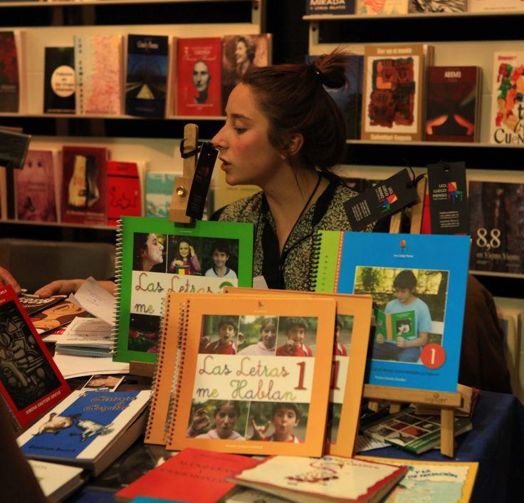 LAS LETRAS ME HABLAN 1 y 2  Libros de apoyo a la lecto-escritura. Precio $7.000 chilenos cada uno.