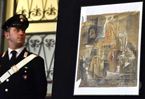 20億円のピカソの絵画「もらった」、伊ローマで押収