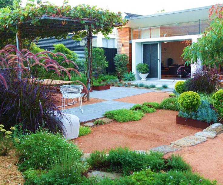 Australian gardens - Brendan Moar