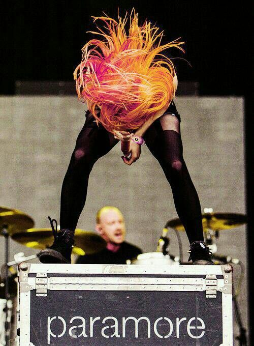 Hayley Williams. This is awesome! Her hair is just insane in this picture