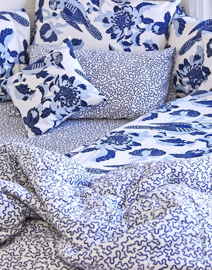 Utopia Goods hand printed and illustrated limited edition kookaburra quilt. Matching vermicular bed sheets and cushions. www.utopiagoods.com