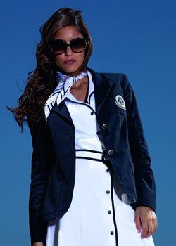 Entreprise familiale, Golfino est spécialisée dans les tenues de golf. Elle a actuellement son siège dans une localité proche de la ville allemande de Hambourg.