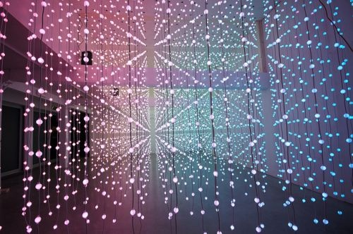Unreal! Interactive light installation by Alexander Rishaug.  Submergence