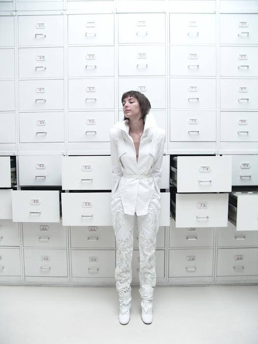 Jacket (satin cotton, silk-screen print), trousers ( satin cotton, silk-screen print), shoes (fake leather)