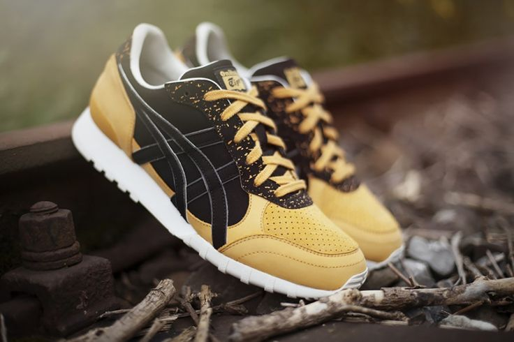 """Hanon x Asics & Onitsuka Tiger """"Glover"""" Pack on Trends Periodical"""