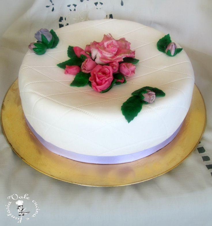 Torta trapuntata con rose