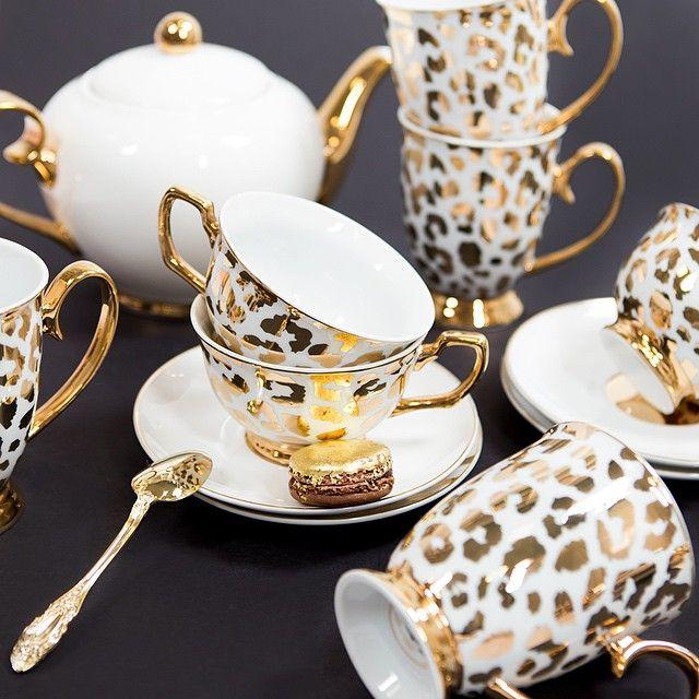Set de chá com estampa de leopardo