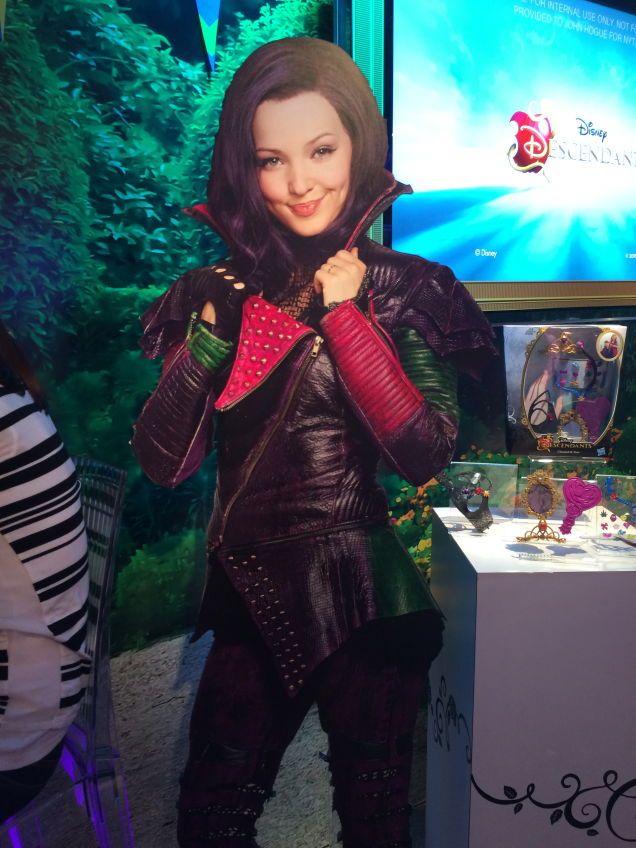 descendants disney mal | Hasbro Reveals Avengers 2 Toys, Jurassic World Dinos And FURBACCA
