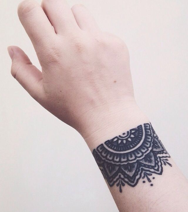 Wrist Tattoos With Mehndi: 30 Best Tattoo - Wrist Images On Pinterest