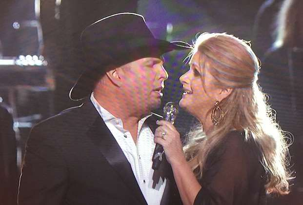 "BEST: GARTH BROOKS AND TRISHA YEARWOOD AS POSTER CHILDREN FOR MARITAL HEATTheir medley began with ""J... - Courtesy of ABC"