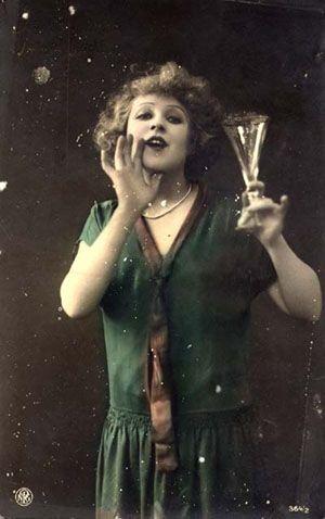 10-11-11  Party girl circa 1922. This dress!!!