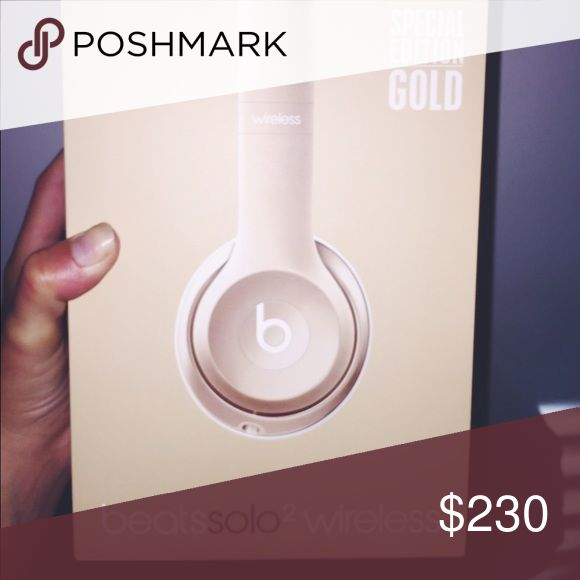 gold SPECIAL edition WIRELESS beats solo2 !! New! Brand new!! Perfect condition! White and Gold! Asking $230 Beats by Drake Accessories